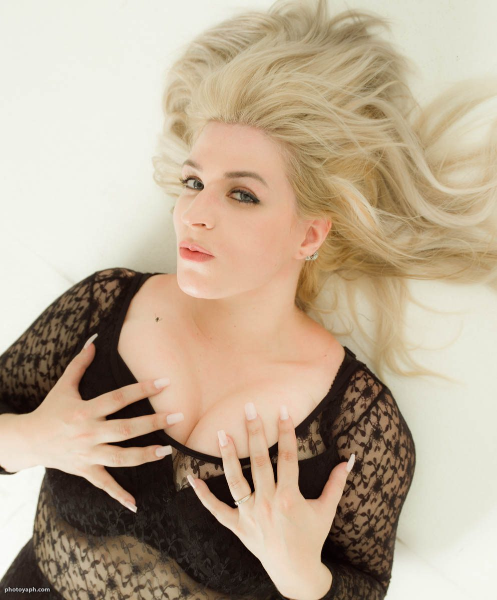 Beauty Schönheit Blondinen bevorzugt Fotostudio Yaph Yousef A. P. Hakimi Photography