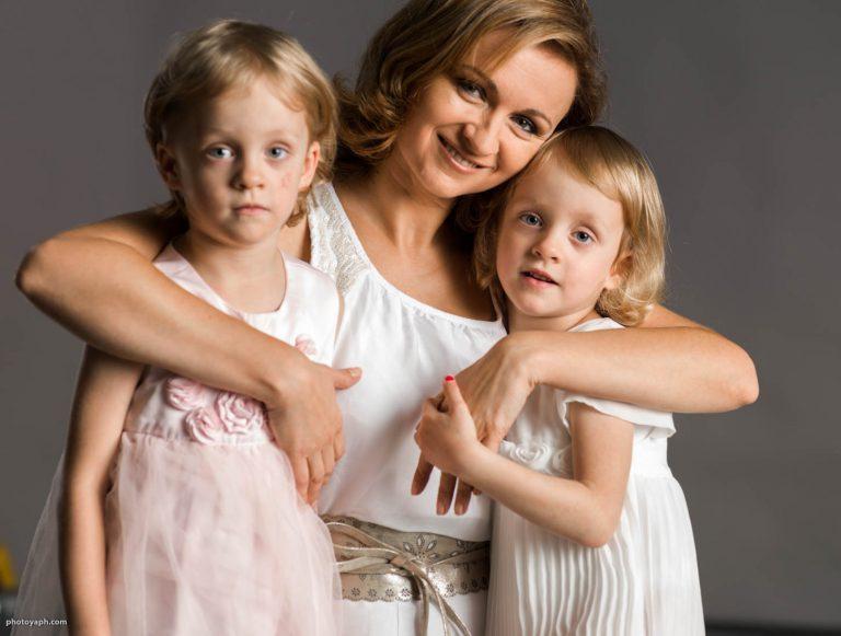Familienfotos mit den liebsten Menschen im Fotostudio Yaph in Trier