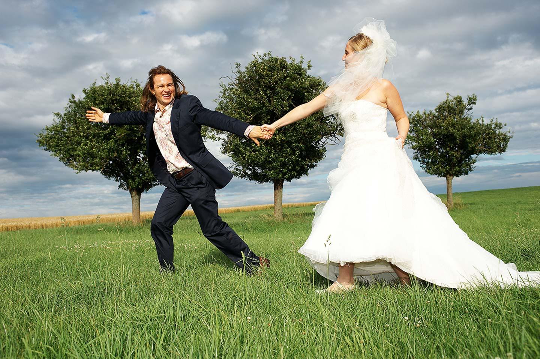 Brautpaar Shooting in Luxembourg im freien von Fototeam Studio Yaph in Trier