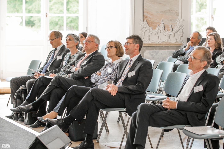 ZPID Universität Trier Prof. Dr. Jäckel Präsident Fotostudio Yaph Yousef A. P. Hakimi Photography