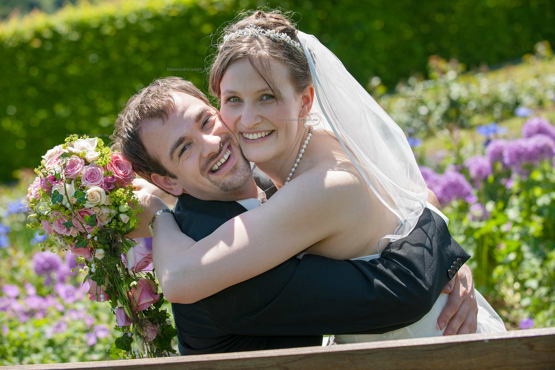Brautpaarshooting und Brautbilder vom Fotostudio Yaph