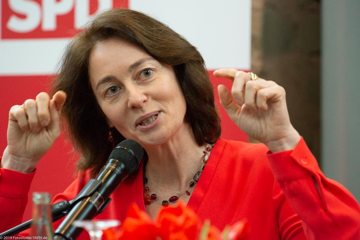 Bundesjustizministerin Katarina Barley im Porträt von Fotograf Yaph aus Trier