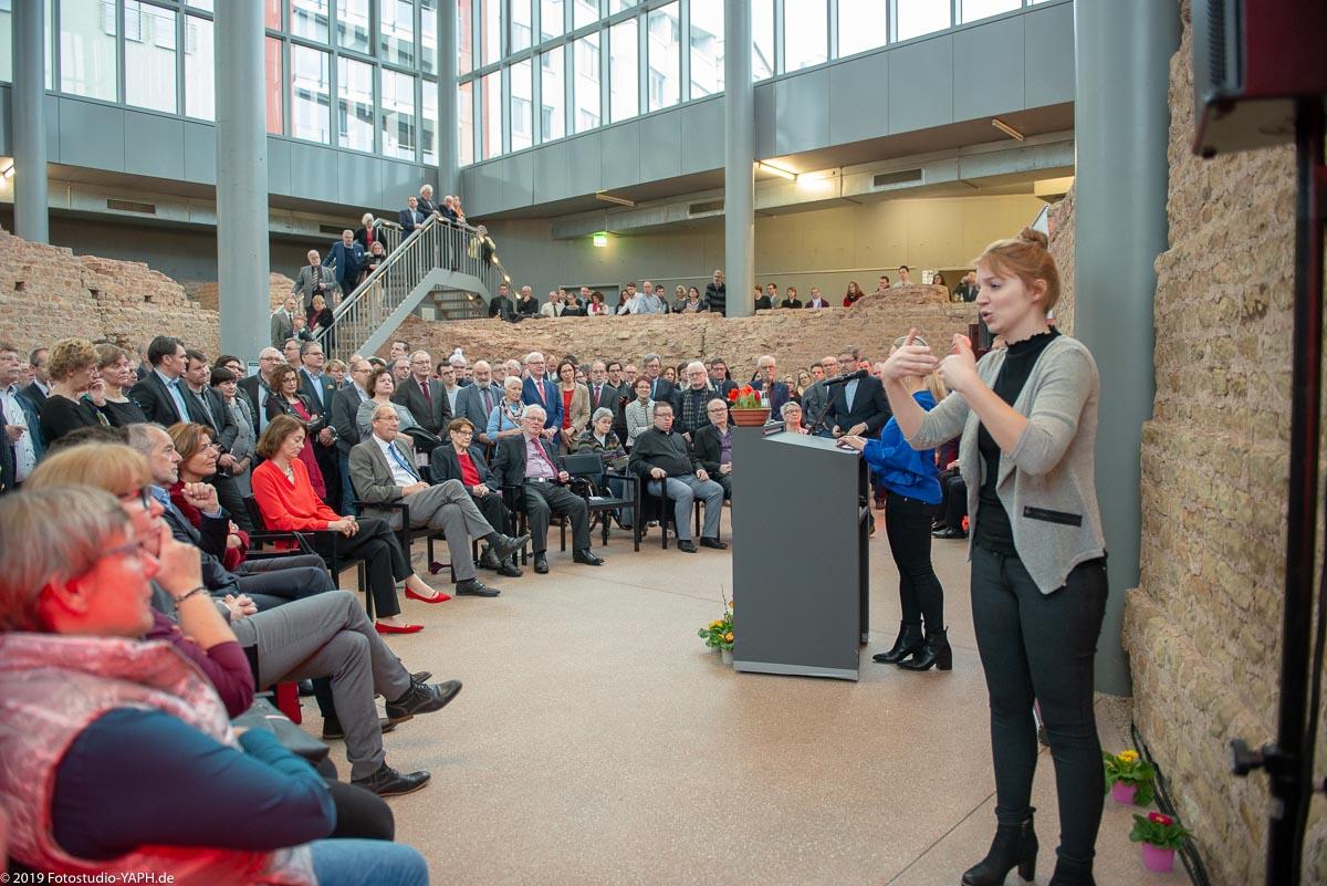 Rede von Verena Bentele beim SPD Neujahrsempfang fotografiert von Fotostudio Yaph Trier