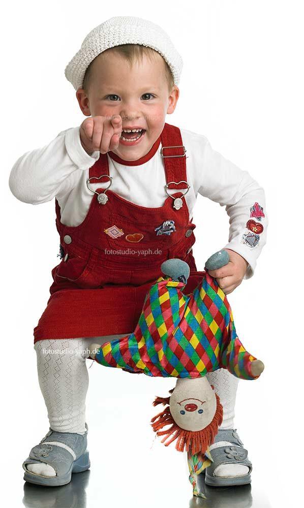 Kinderporträt aufgenommen von Yaph in fotostudio Trier Petrisberg.