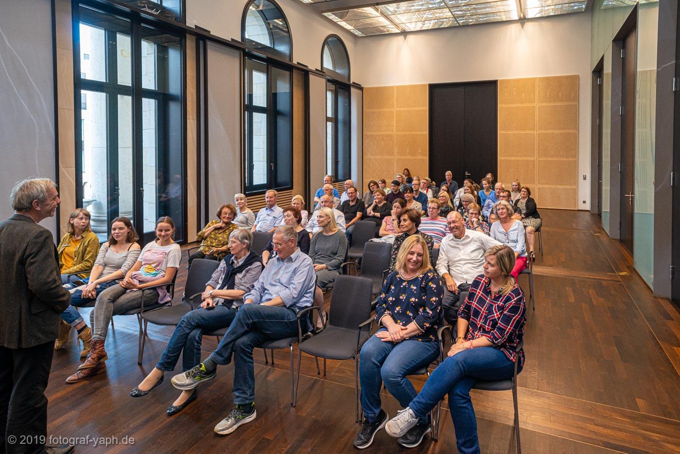 Besuchergruppe der Grünen im Bundesrat Berlin fotografiert von Photostudio Yaph