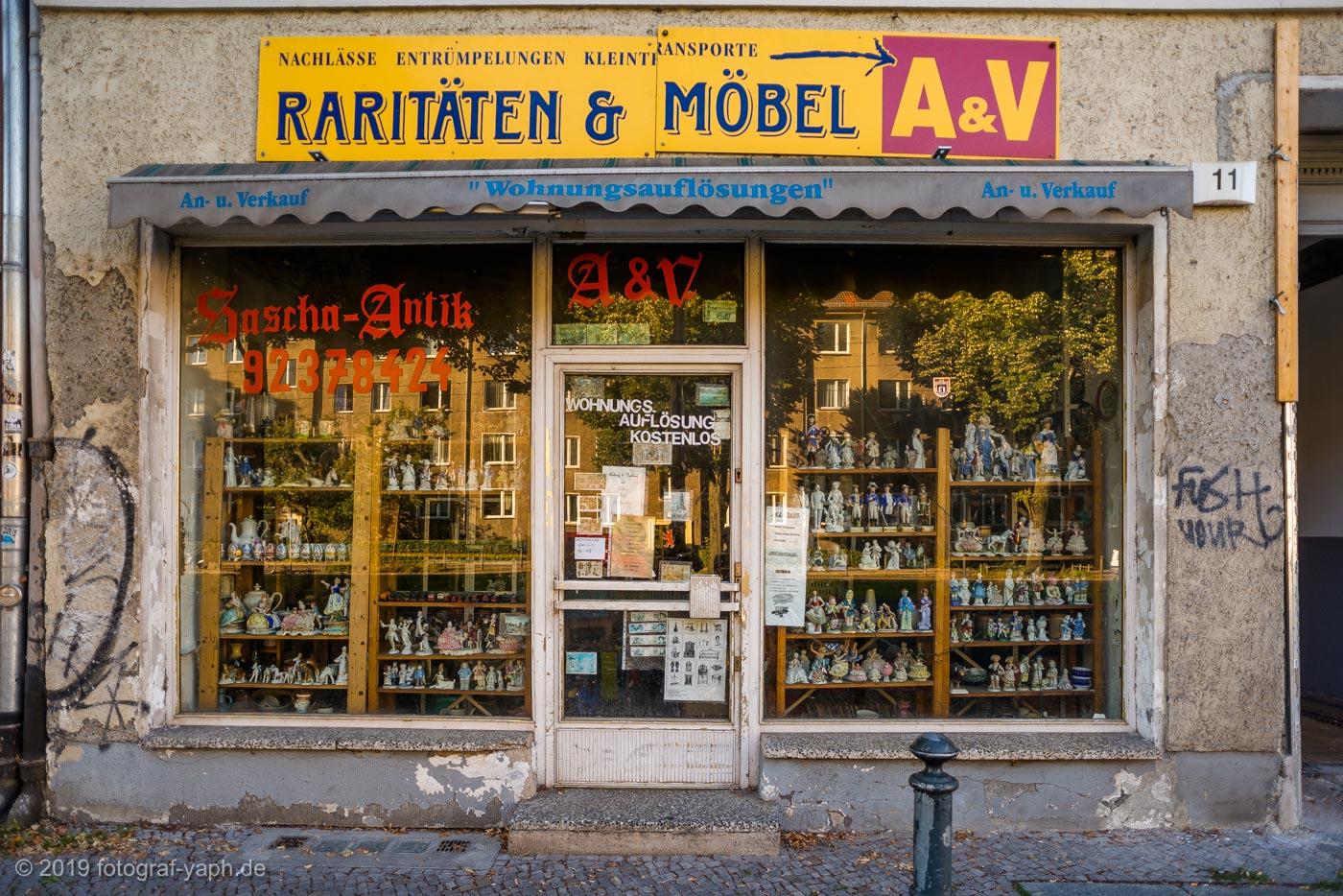 Charmante alte Ecken in der Hauptstadt Berlin sind für Fotograf Yaph eines der schönsten Fotomotive als Kontrast zur postmodernen Architektur.