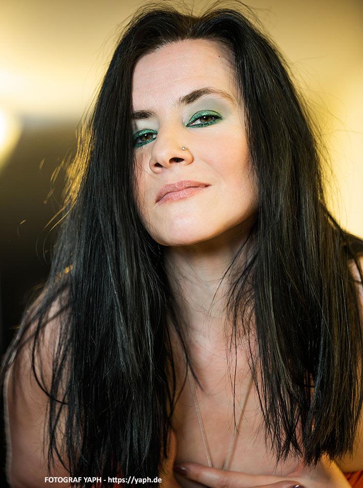 Brenda Portraitfot bei Fotograf Trier - Yaph