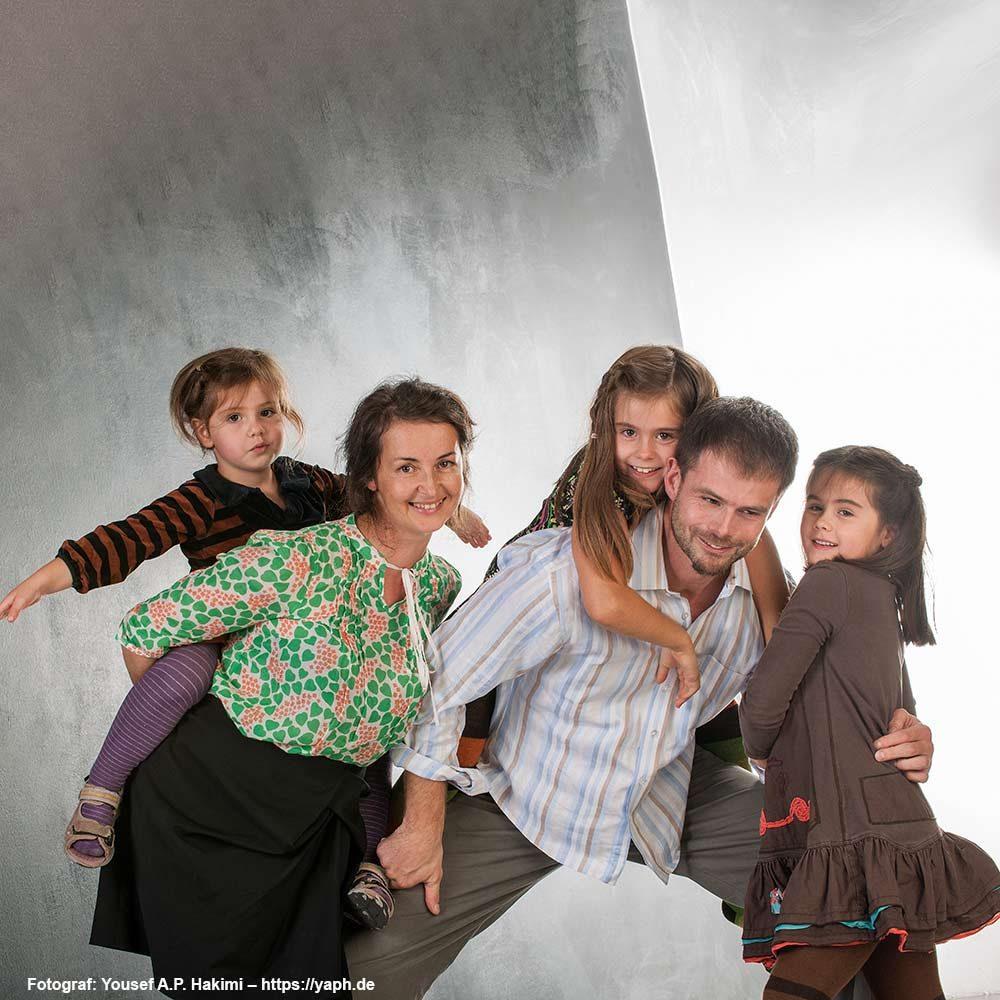 Familienfotos die Spaß machen im Fotostudio Yaph Trier