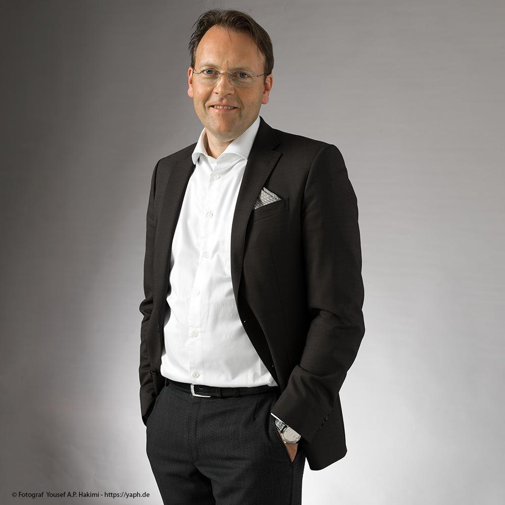 Olaf Gehrels als Model für Bewerbungsfotos und Portraits im Fotostudio in Trier Yaph