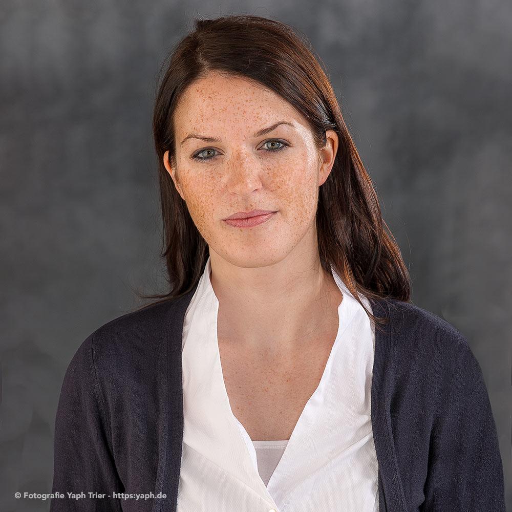 Fotostudio für Bewerbungsbilder und Business Portraits in Trier bei Yaph