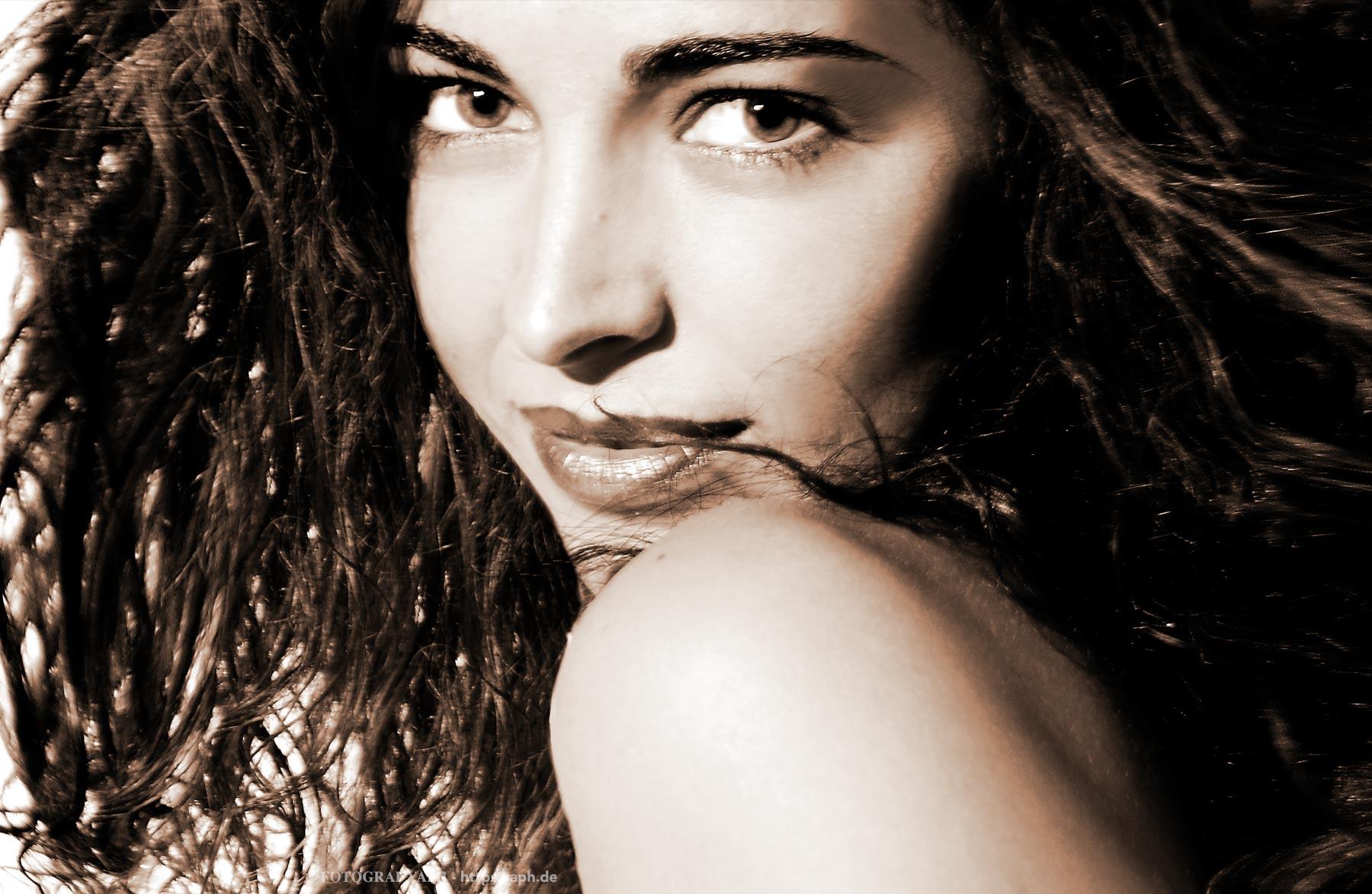 Diana Aktfotografie Choreographie - Yaph - Trier