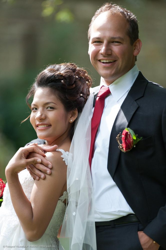 Romantische Brautpaarbilder von Fotograf Trier Yaph