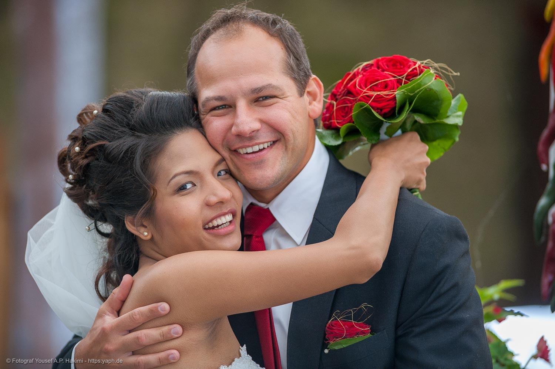 Hochzeitsfotos vom professionellen Fotografen als Erinnerung an den schönsten Tag des Lebens