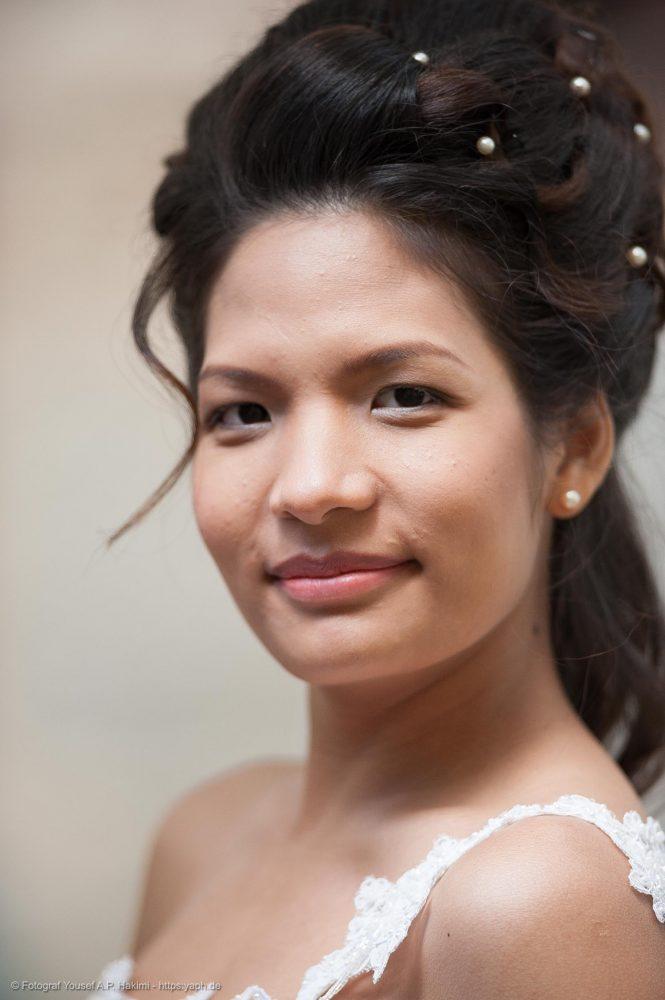 Porträts von der Braut bei der Hochzeitsfotografie von Fotostudio Trier Yaph