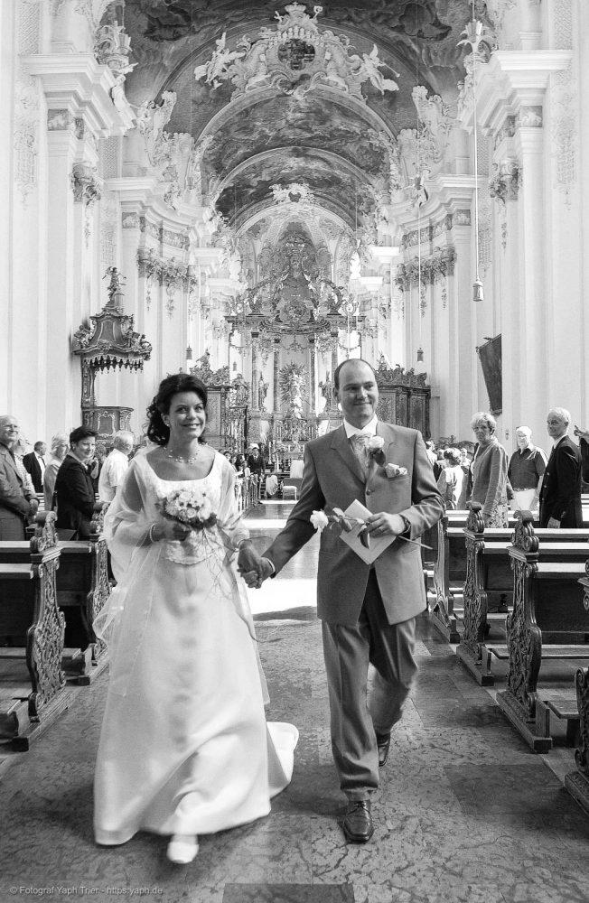 Hochzeitsfotoreportage und Hochzeitsfotos Mireille-Marco bei Fotograf Trier - Yaph