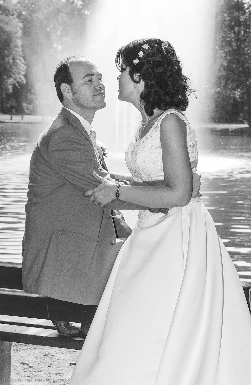 Brautpaarfotoshooting und Hochzeitsfotos Mireille-Marco bei Fotograf Trier - Yaph