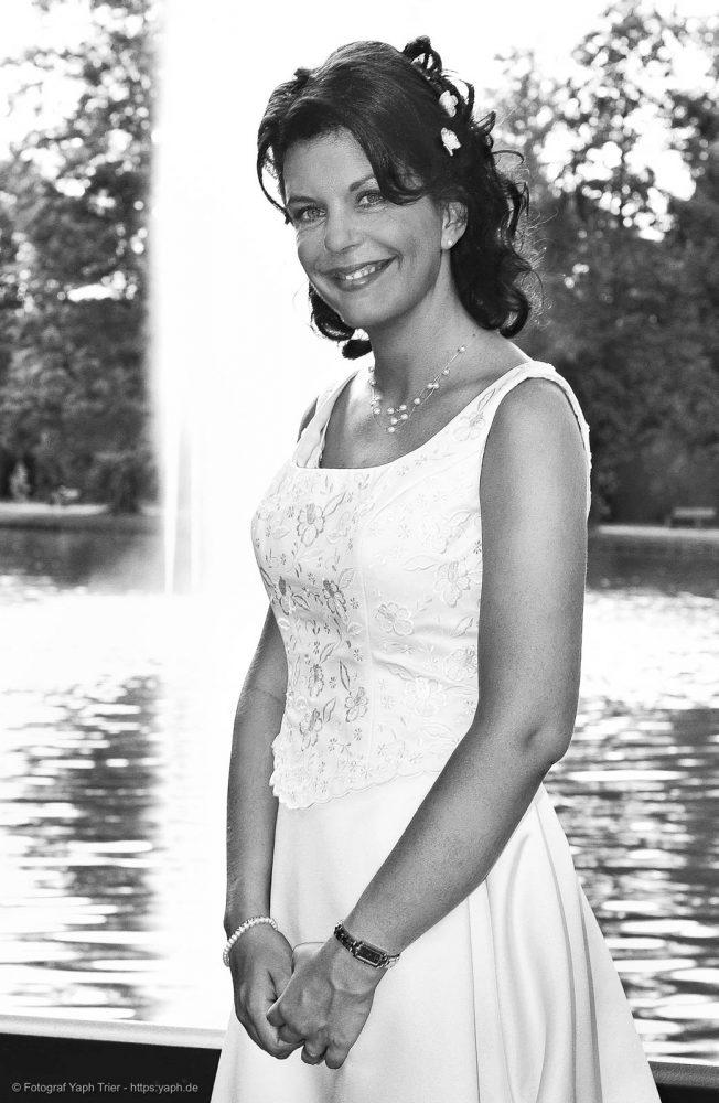 Brautpaarbilder und Hochzeitsfotografie Mireille-Marco bei Fotograf Trier - Yaph