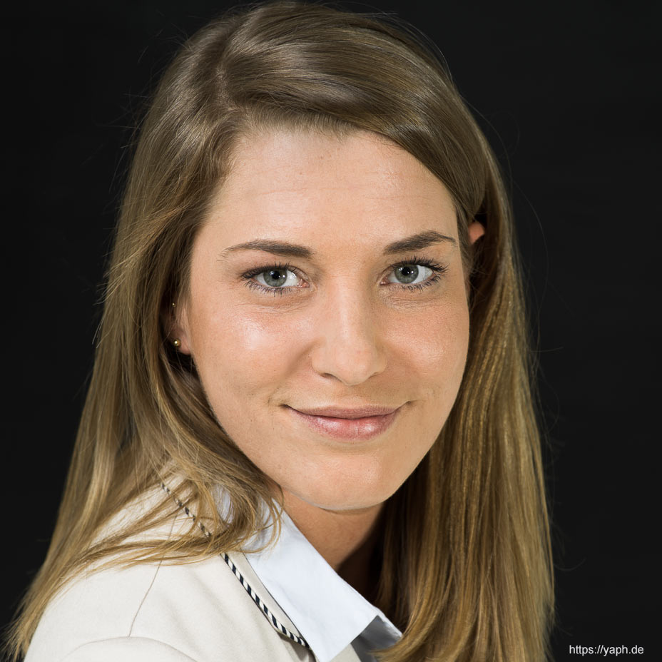 Bewerbungsfotos und Profilbild für Social Media u.a. Facebook, LinkedIn und Twitter für Silke
