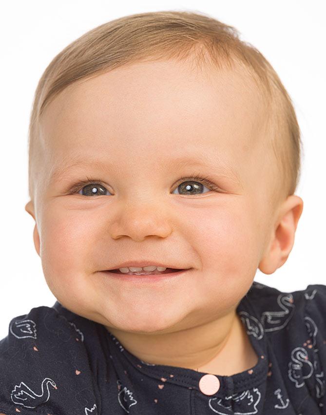 Passfotos auch von Babies und Neugeborenen im Fotostudio in Trier - Yaph