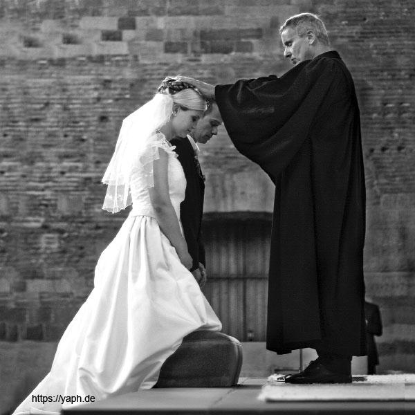 Fotograf Trier - yaph - Hochzeitsfoto kirchliche Trauung