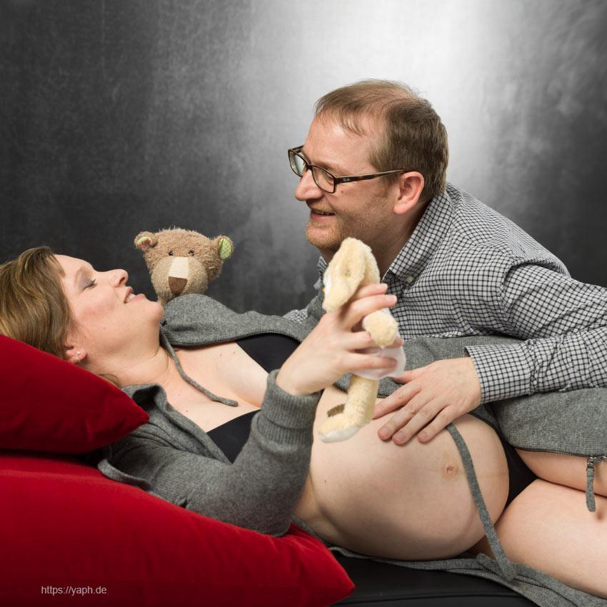 Schwangerschaftsfotos und Babybauchshooting bei Fotograf Yaph in Trier