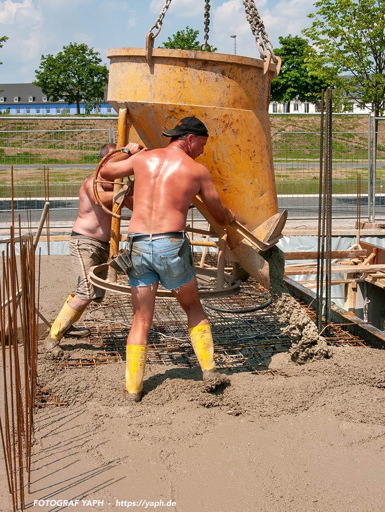 Fotos vom Hausbau, Bauarbeit - Fotograf in Trier - Yaph