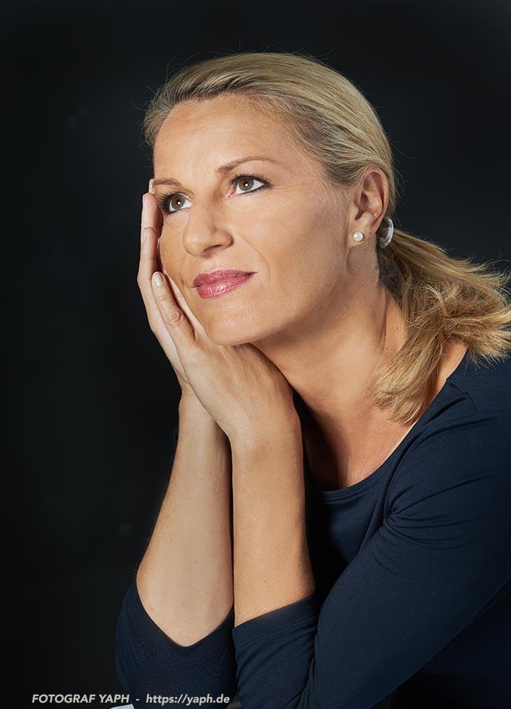 Birgit - Beautyfotos im Fotostudio Yaph auf dem Petrisberg in Trier