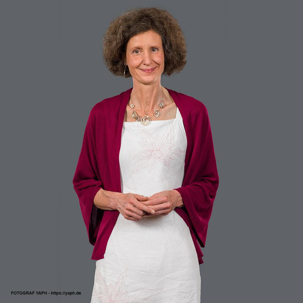 Mitarbeiter Portraits, Bewerbungsfotos Trier und Businessfotos in Fotostudio Yaph Trier
