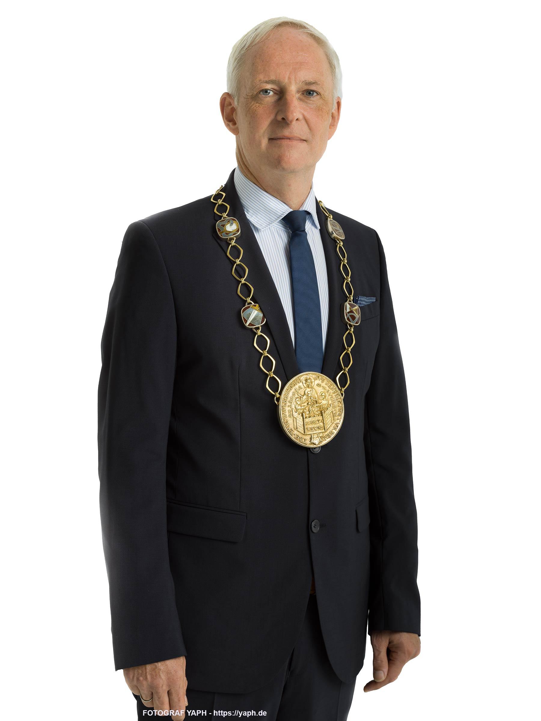 Wolfram Leibe Oberbürgermeister der Stadt Trier - Portraitfotografie bei Yaph