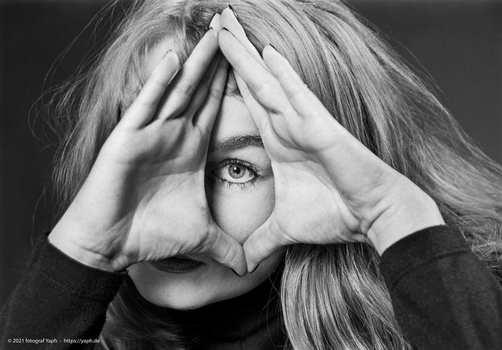 Die Düsseldorfer in Portrait Photos bei Yaph. Super Portraitfotografie in Trier seit 30 Jahren