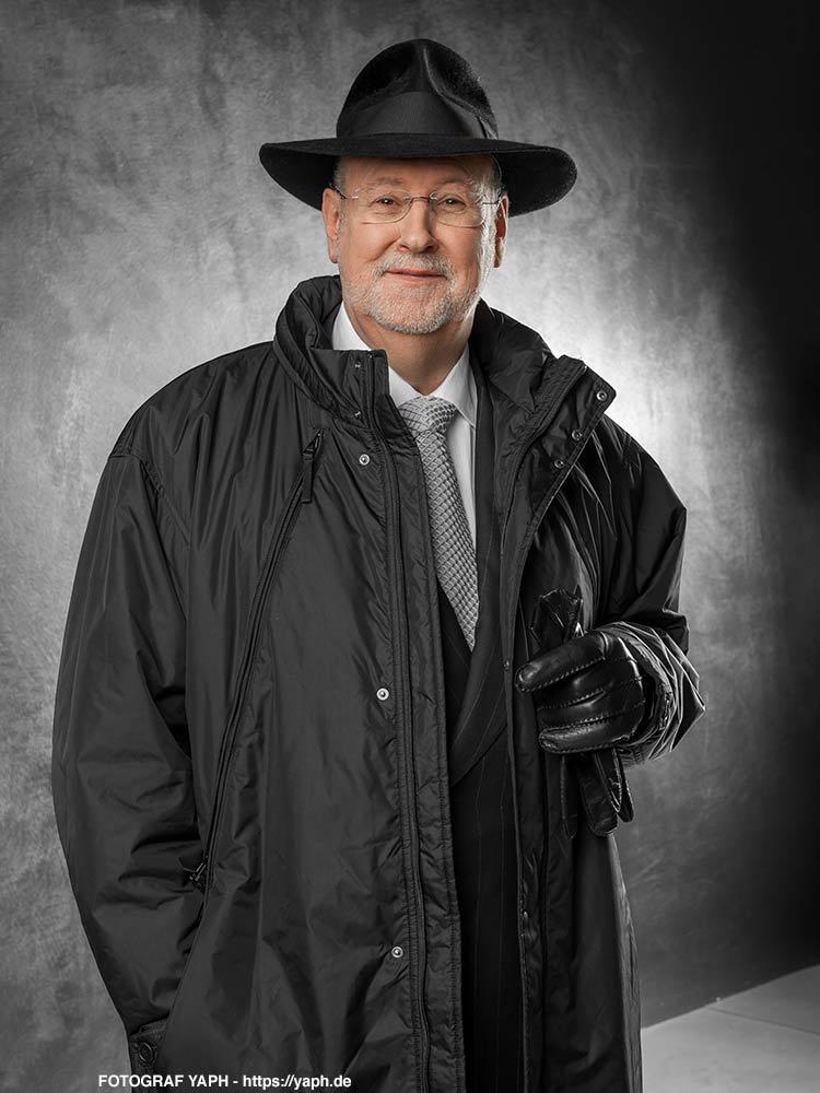 Carl Baudenbacher - Business Portrait - Fotograf für Bewerbungsfotos Trier - Yaph 1