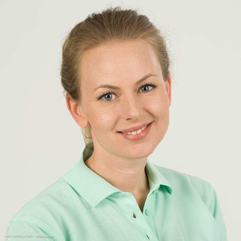 Business Portraits sowie Bewerbungsfotos Trier und Mitarbeiterportraits der Praxis Kesselheim bei Fotograf Yaph