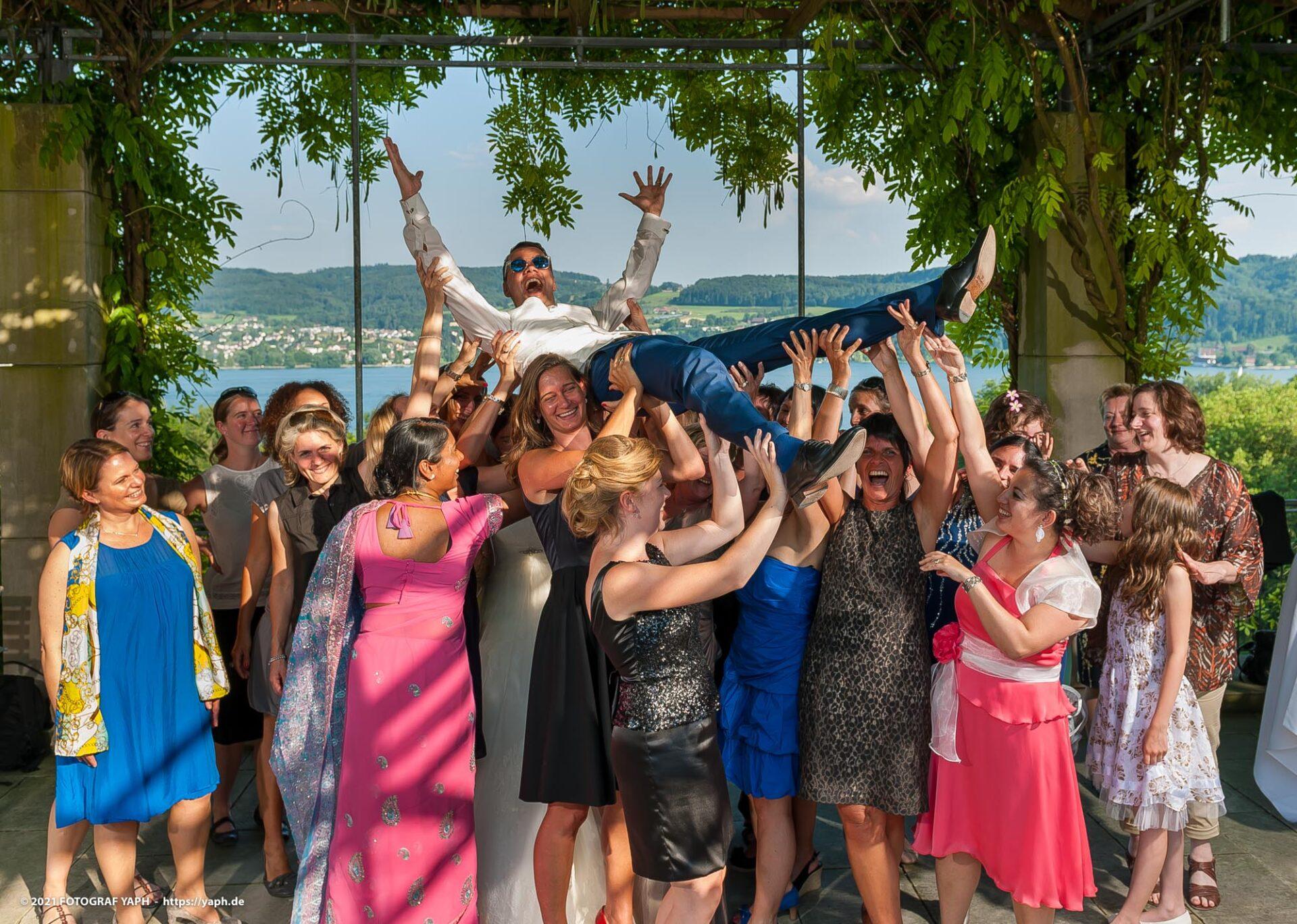 Hochzeitsfotos während der Feier bei Hochzeitsfotograf Trier Yaph