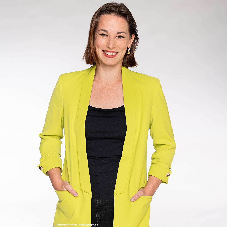 Anna Porträtfotos und Business Portraits bei Fotograf Trier - Yaph