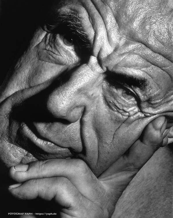 Portrait Fotoshooting bei Fotograf Trier - Yaph