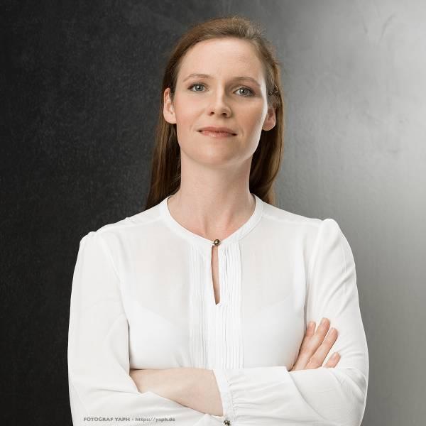 Fotograf Trier - Yaph Porträtfotos für Business und Stellensuche
