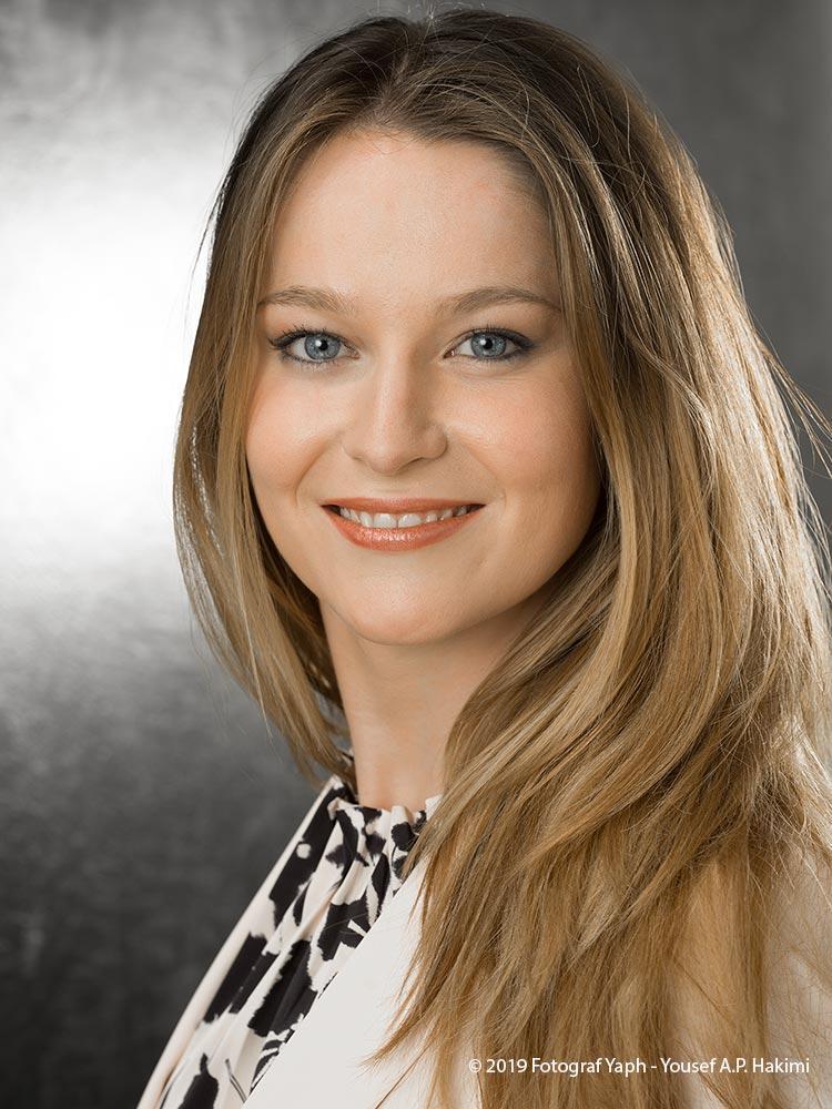 Bild für den CV bei der Bewerbung in Trier oder Luxembourg vom Fotostudio Yaph Trier