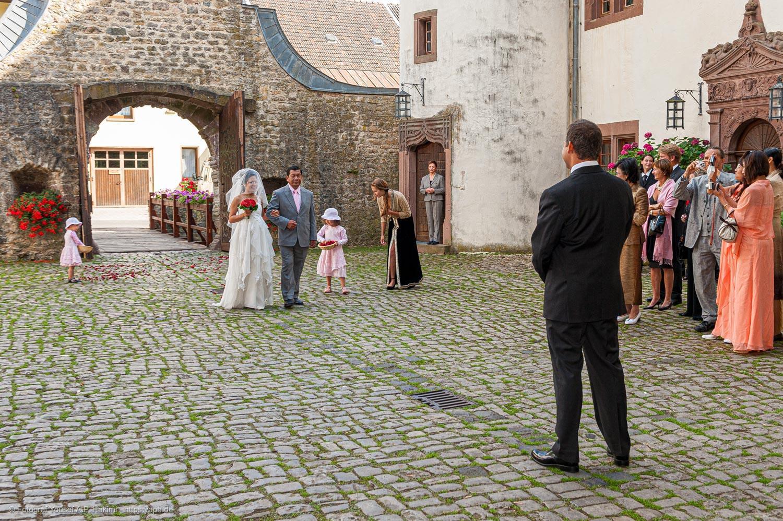 Die Hochzeitsreportage hält alle wichtigen Ereignisse des Hochzeitstages fest