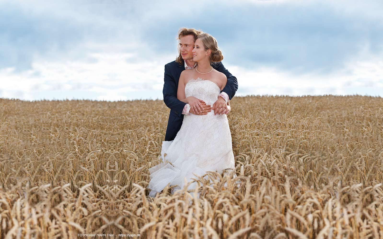 Hochzeitsfotografie - Yaph und Hochzeitsfotografin - Fotostudio Yaph auf dem Petrisberg in Trier
