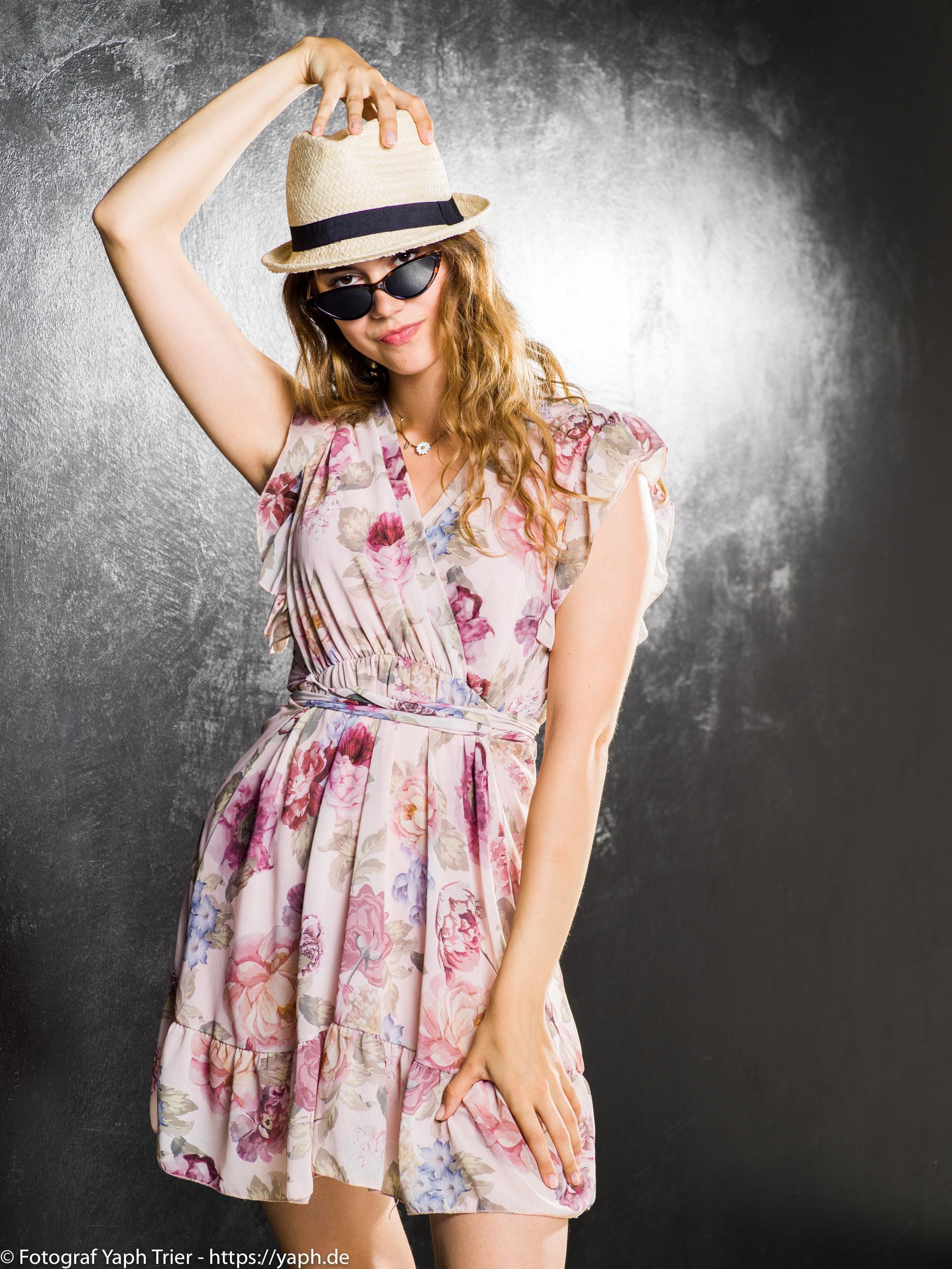 Portrait Fotoshooting Chiara bei Fotograf Yaph