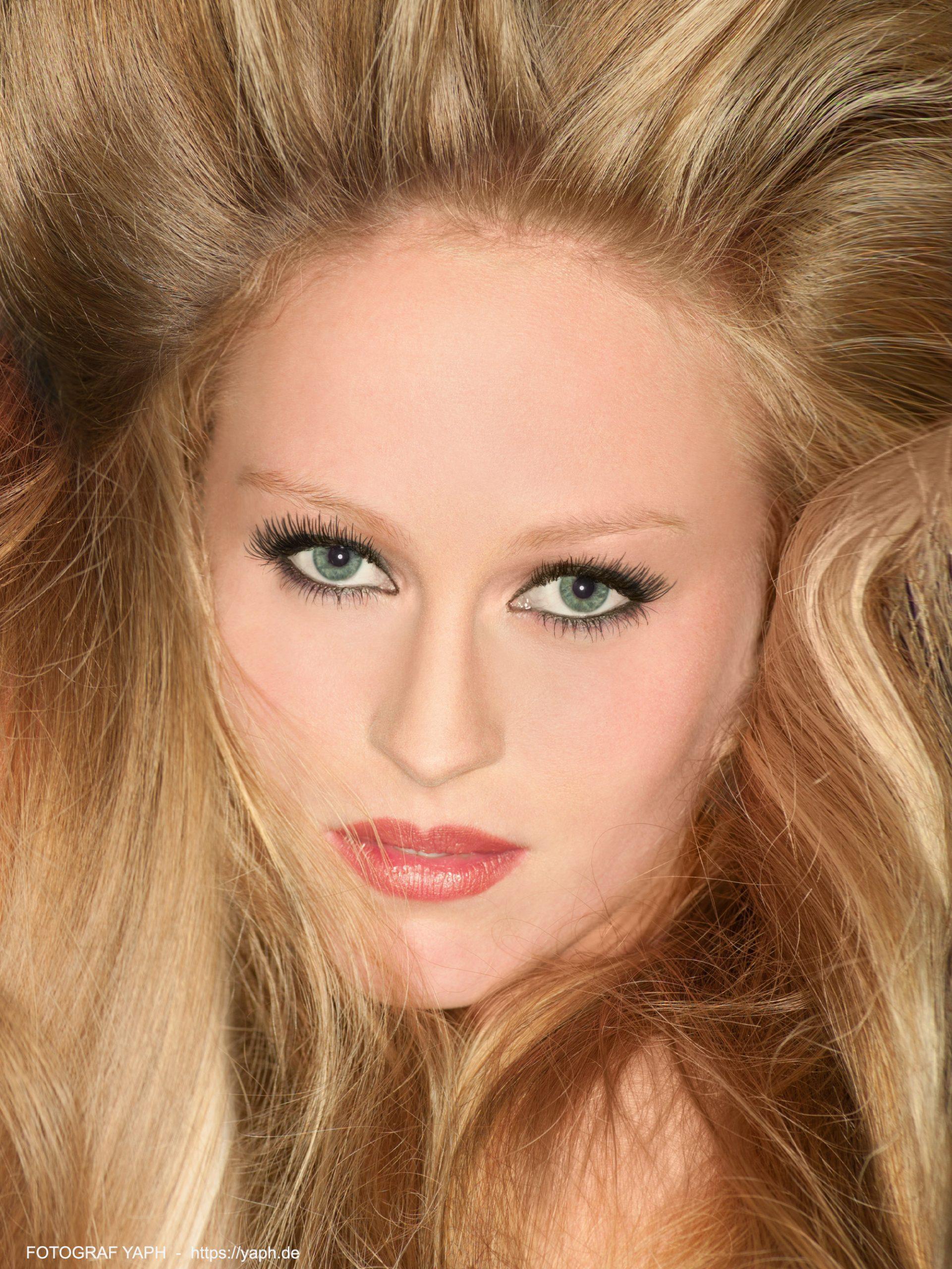 Beauty Porträt-Fotografie in Trier - Fotograf Yaph -Simone