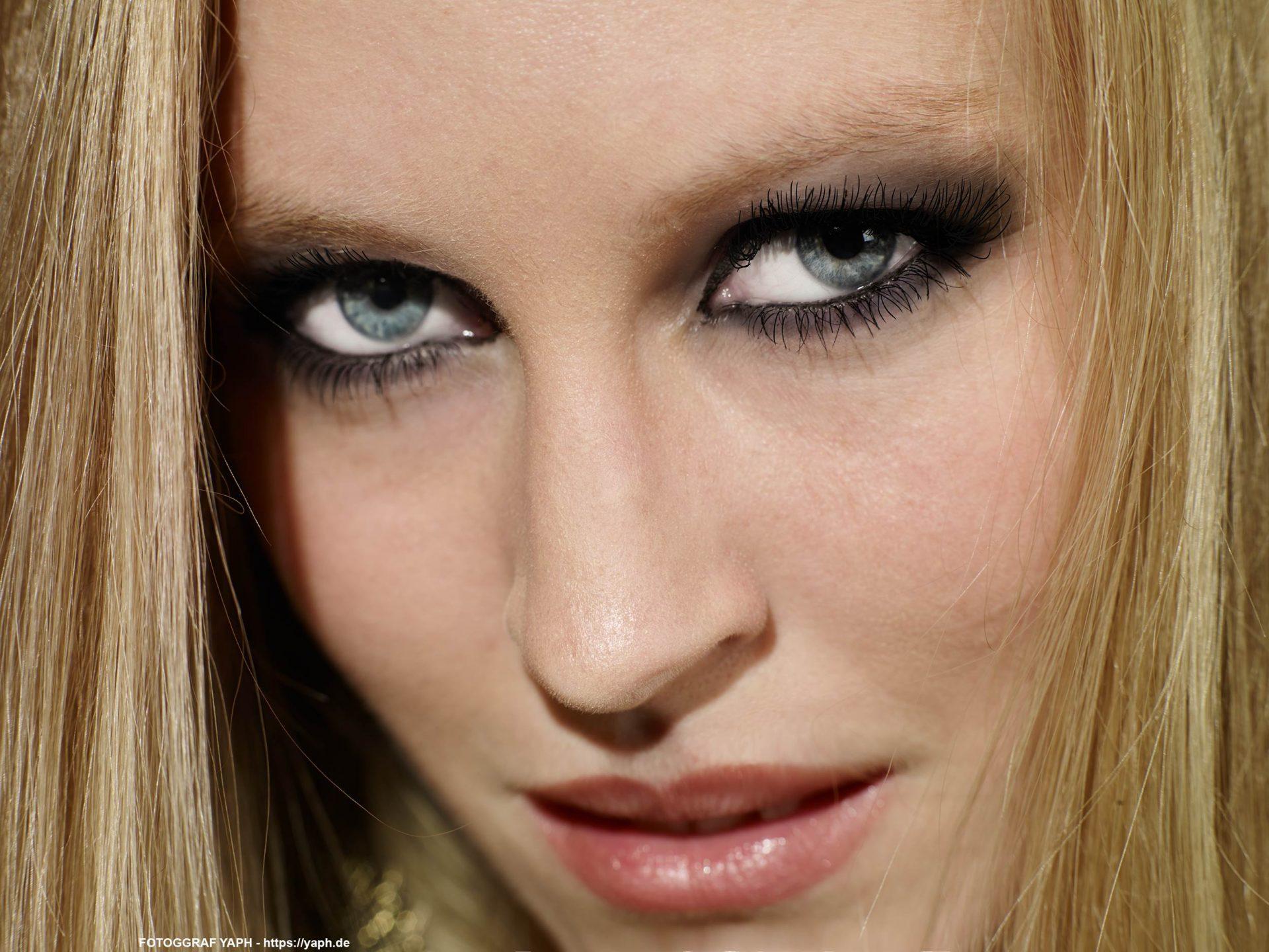 Simone - Beauty Portrait - Fotograf Trier - Yaph